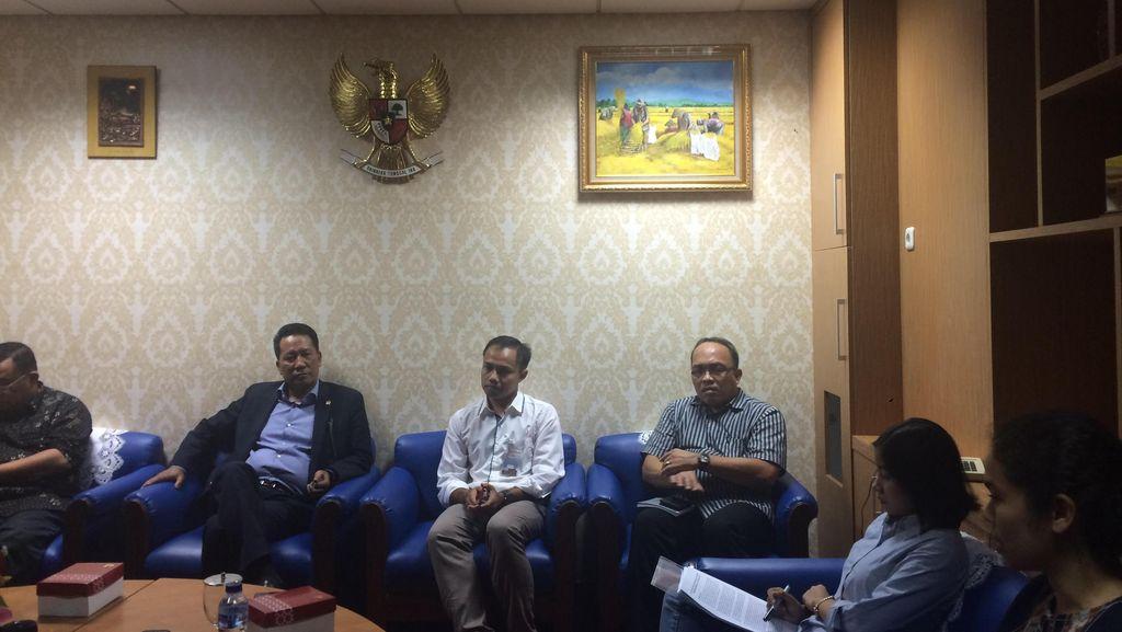 Koalisi Antikorupsi Serahkan 57 Ribu Petisi 'Jangan Bunuh KPK' ke Baleg DPR