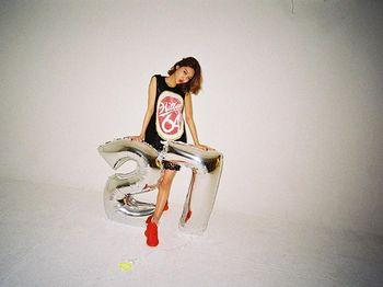 Saengil Chukahae! Sooyoung 'SNSD' Rayakan Ultah ke-27
