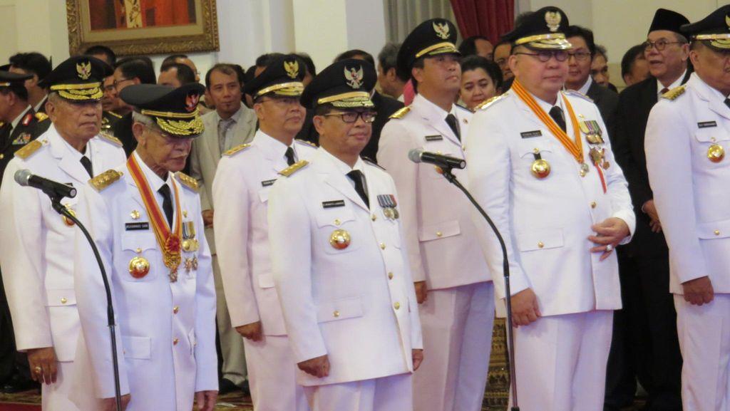 Jokowi ke Para Gubernur: Jangan Kerja di Belakang Meja, Turun ke Lapangan!