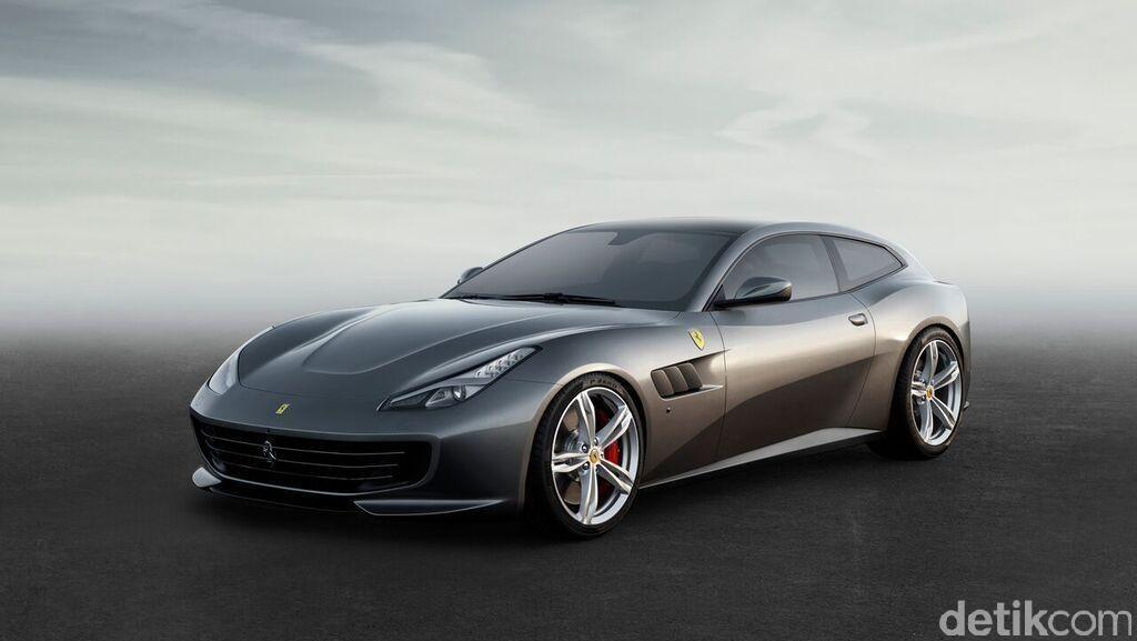 GTC4Lusso, Mobil 'Keluarga' Ferrari dengan Penggerak 4 Roda