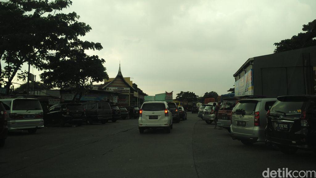 Antisipasi Macet Long Weekend, Polisi Larang Masyarakat 2-3 Jam di Rest Area
