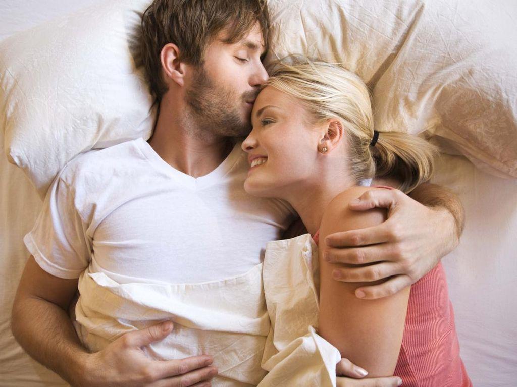 Ini yang Bisa Terjadi pada Pasangan Jika Terlalu Sering Bercinta