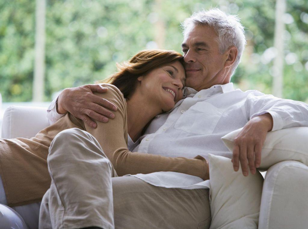 Survei: Makin Tua, Pasangan Bisa Makin 'Liar' di Ranjang