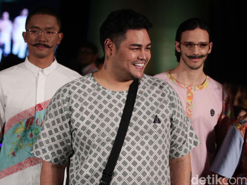 Demam Bollywood, Ivan Gunawan Akan Rilis Koleksi Gaun Pengantin Gaya India