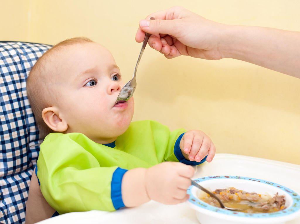 Jika Ada Riwayat Alergi di Keluarga, Perhatikan Hal Ini Saat Beri Anak MPASI
