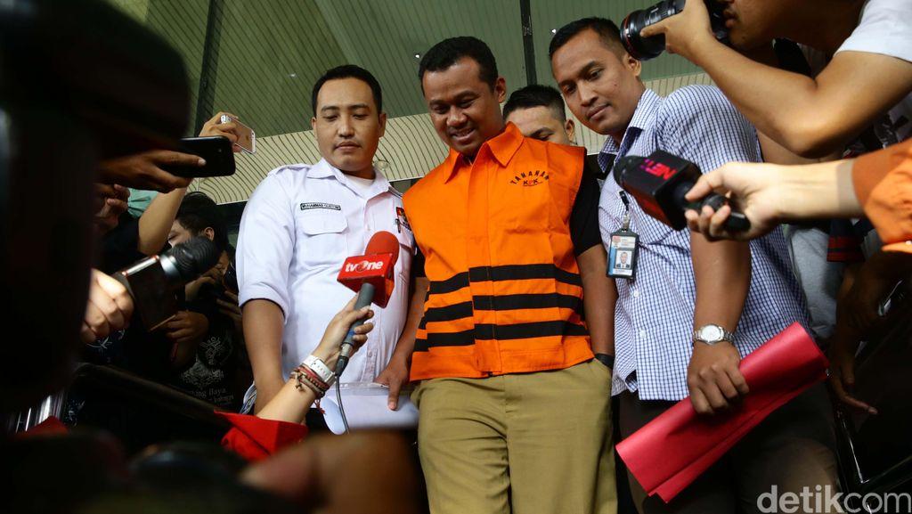 KPK Sita Wrangler dan Vellfire Gratifikasi Bupati Subang Ojang