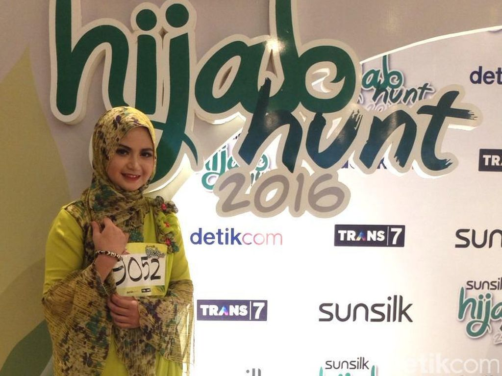 Ikut Sunsilk Hijab Hunt, Mahasiswi Cantik Ini Ajak Ibu Muda untuk Berkarya