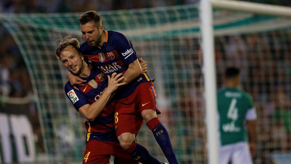 Barca Kembali ke Puncak Klasemen Usai Kalahkan Real Betis