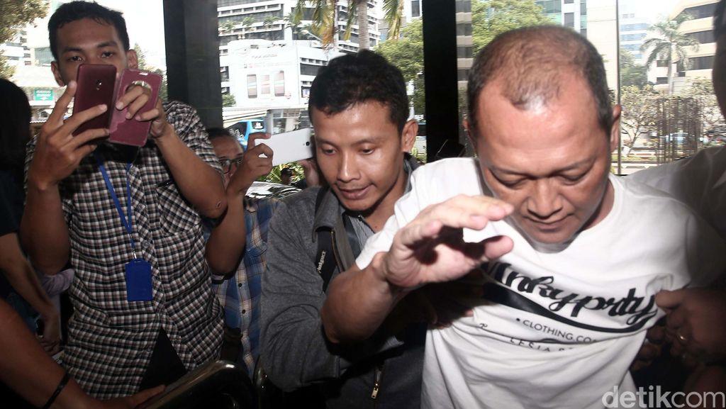 Toton: Legislator Seluma, Jadi Hakim, Bebasin Eks Bupati Seluma, Ditangkap KPK