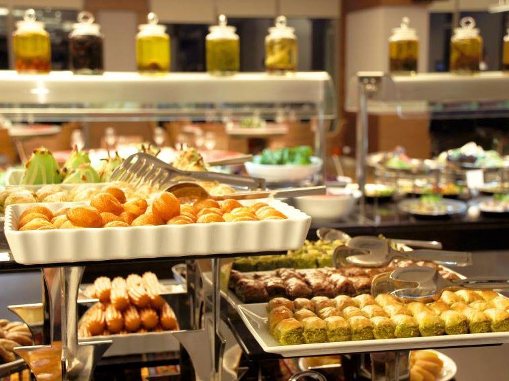 Di Malaysia, Sajian Buffet Ramadan Tanpa Sertifikat Halal Kena Denda hingga Rp 600 Juta