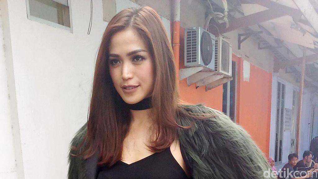 Jessica Iskandar dan Ayu Ting Ting Memanas, Hendrik Ceper Membaik