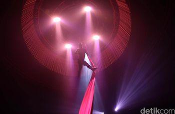 Gemerlap Lighting Dunia Malam Jakarta