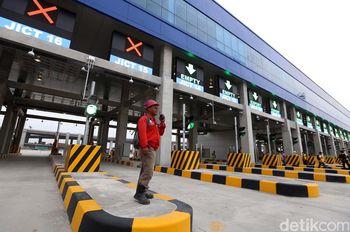 Melihat Pintu Otomatis Terbesar Se-Asia Tenggara