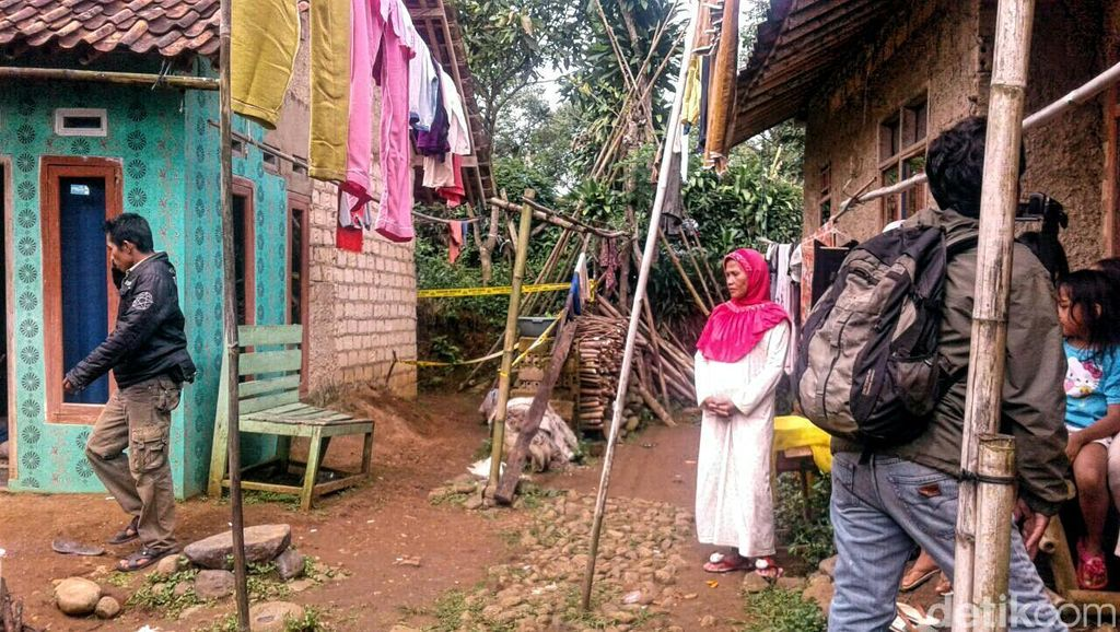 Buruh Garmen Di Sukabumi Tewas, Polisi Temukan Banyak Ceceran Tisu di Lokasi Penemuan