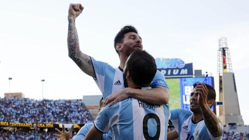 Messi Bantu Argentina Hantam Venezuela