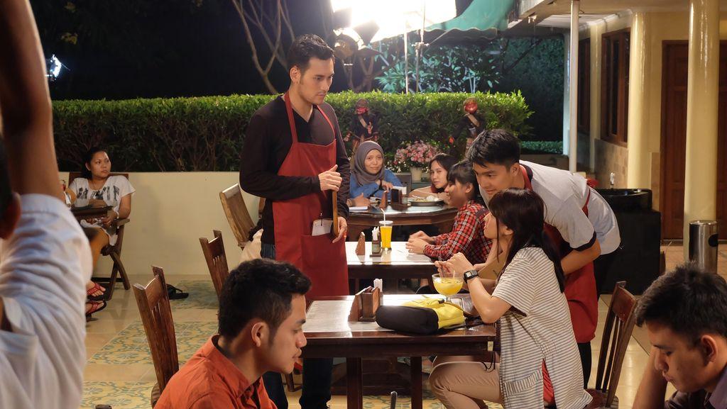 Acha Septriasa Rela Tinggalkan Karier di 'Sabtu Bersama Bapak'