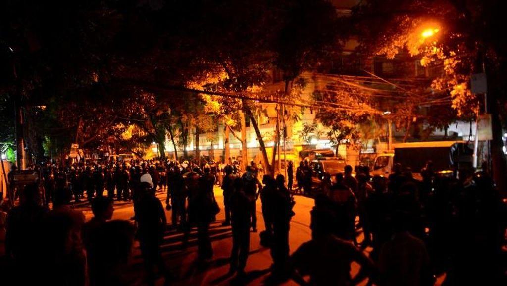 2 Orang Polisi Tewas di Baku Tembak di Dhaka, ISIS Klaim Bertanggung Jawab