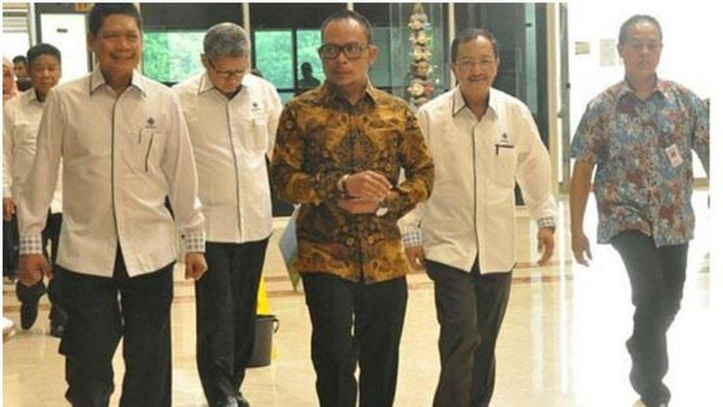 Benarkah 10 Juta Pekerja Asal Tiongkok Akan Masuk Indonesia?