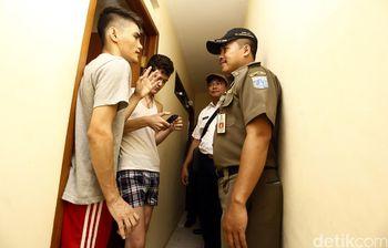 Operasi Yustisi di Rumah Kos WNA