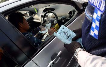 Uji Coba Pembatasan Kendaraan Ganjil Genap