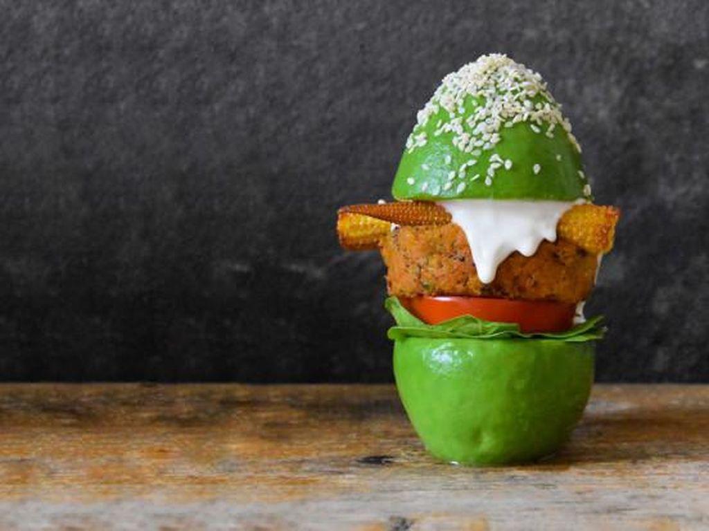 Enak dan Sehat, Burger Alpukat yang Jadi Tren di Media Sosial