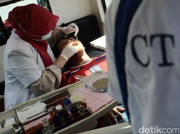 CT Arsa Foundation Gelar Pemeriksaan Gigi Gratis