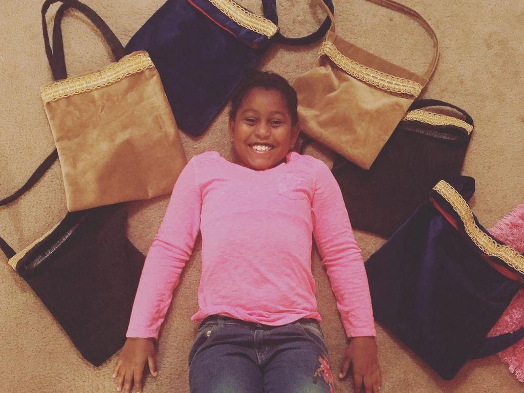 Aksi Amal Bocah 9 Tahun yang Menjahit 600 Tas untuk Menolong Tunawisma