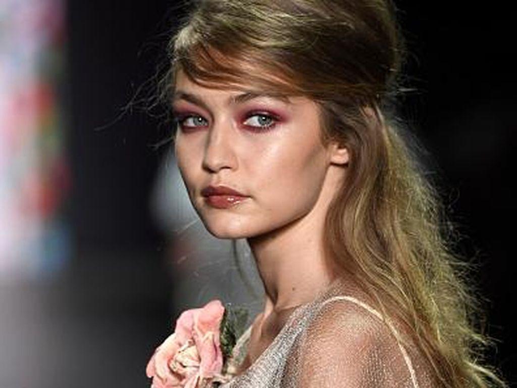 Makeup Artist Anna Sui Ungkap Tren Makeup Terkini