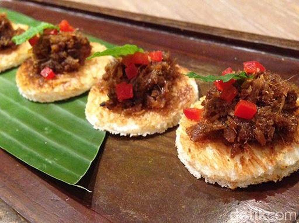Mencicipi Canape Randang hingga Es Laksamana Mengamuk dalam Festival Kuliner Nusantara