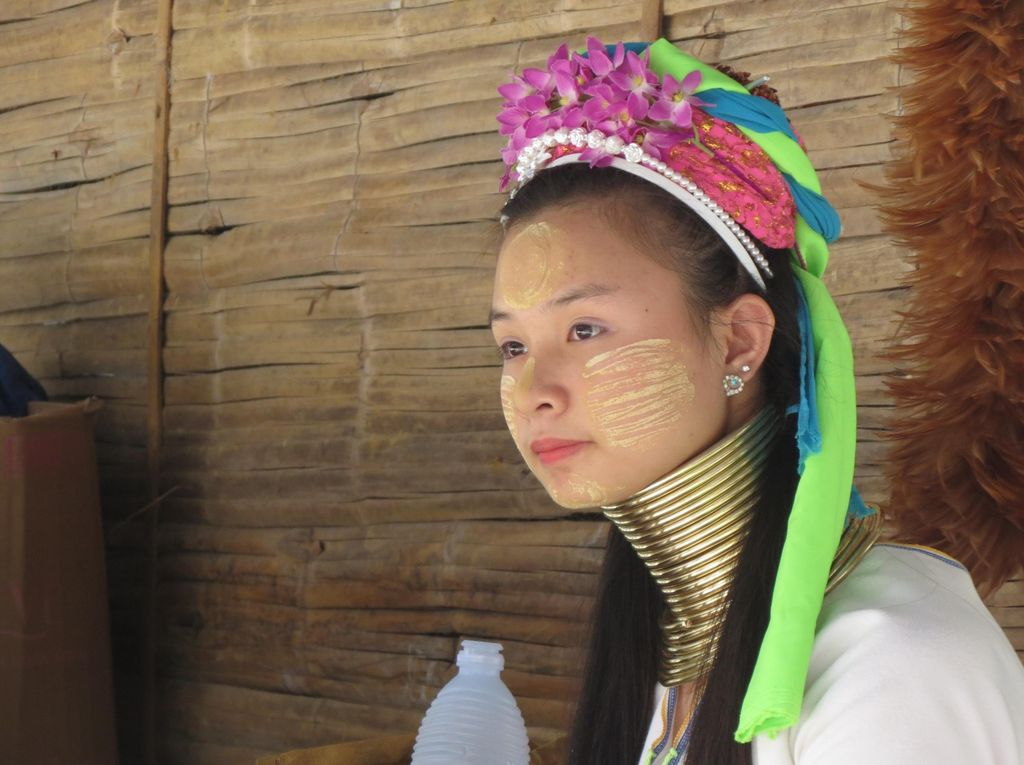 Inilah Perempuan Paling Cantik di Thailand Utara
