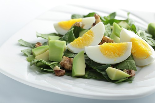 Салат авокадо огурец яйца