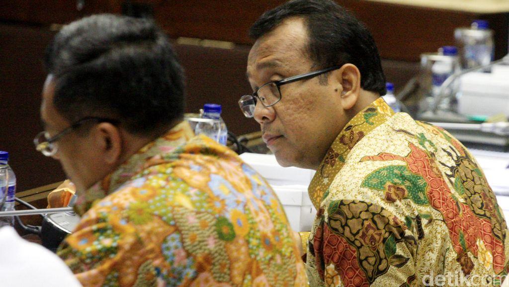 Mensesneg: Sesuai UU, TNI Harus Netral dan Tak Berpolitik