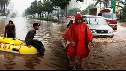Cerita Klasik Musim Hujan di Jakarta