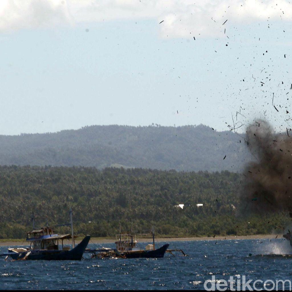 Susi: Bulan Agustus, 71 Kapal Pencuri Ikan Ditenggelamkan Tanpa Dinamit