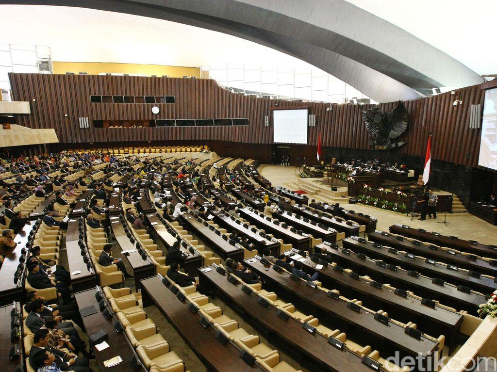 Kontroversi DPR: Pasal Kretek, Revisi UU KPK sampai Pengampunan Koruptor