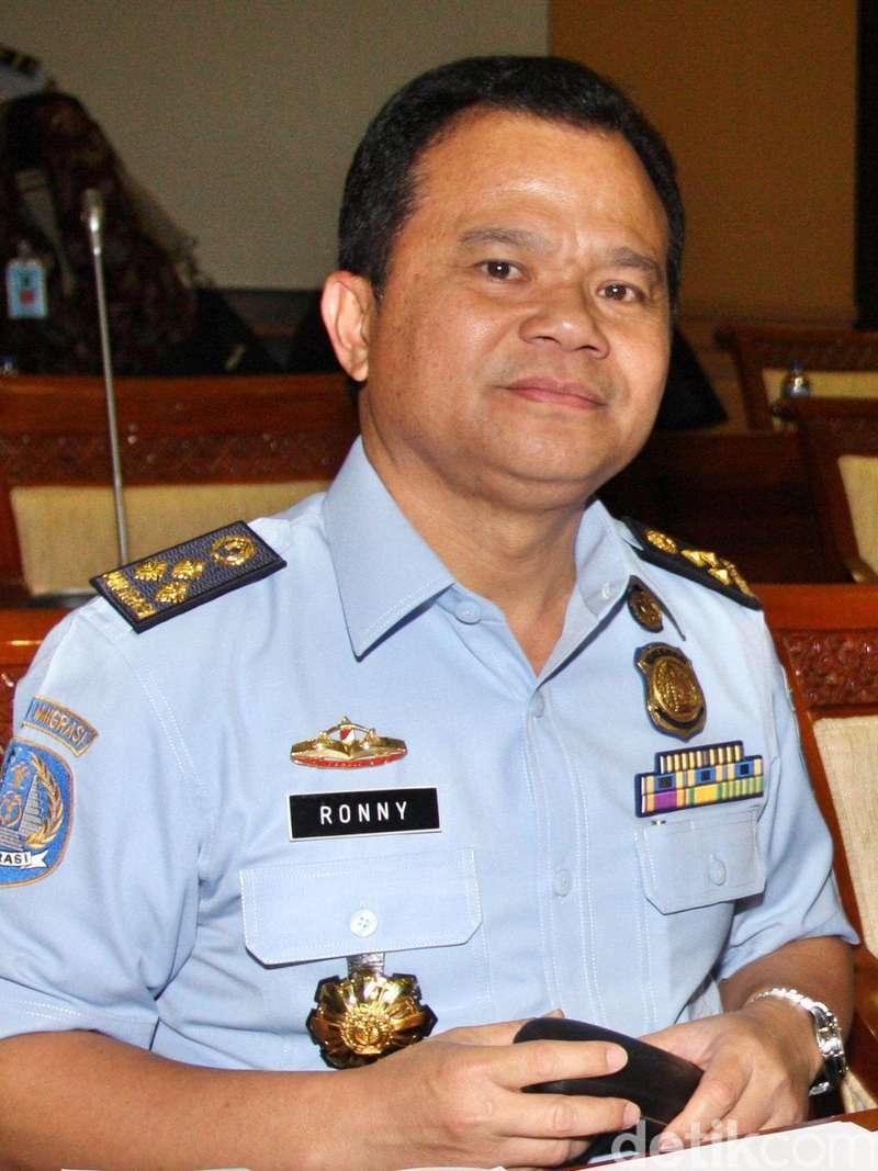 Rudenim Manado Deportasi 35 WN Filipina Pelaku Ilegal Fishing