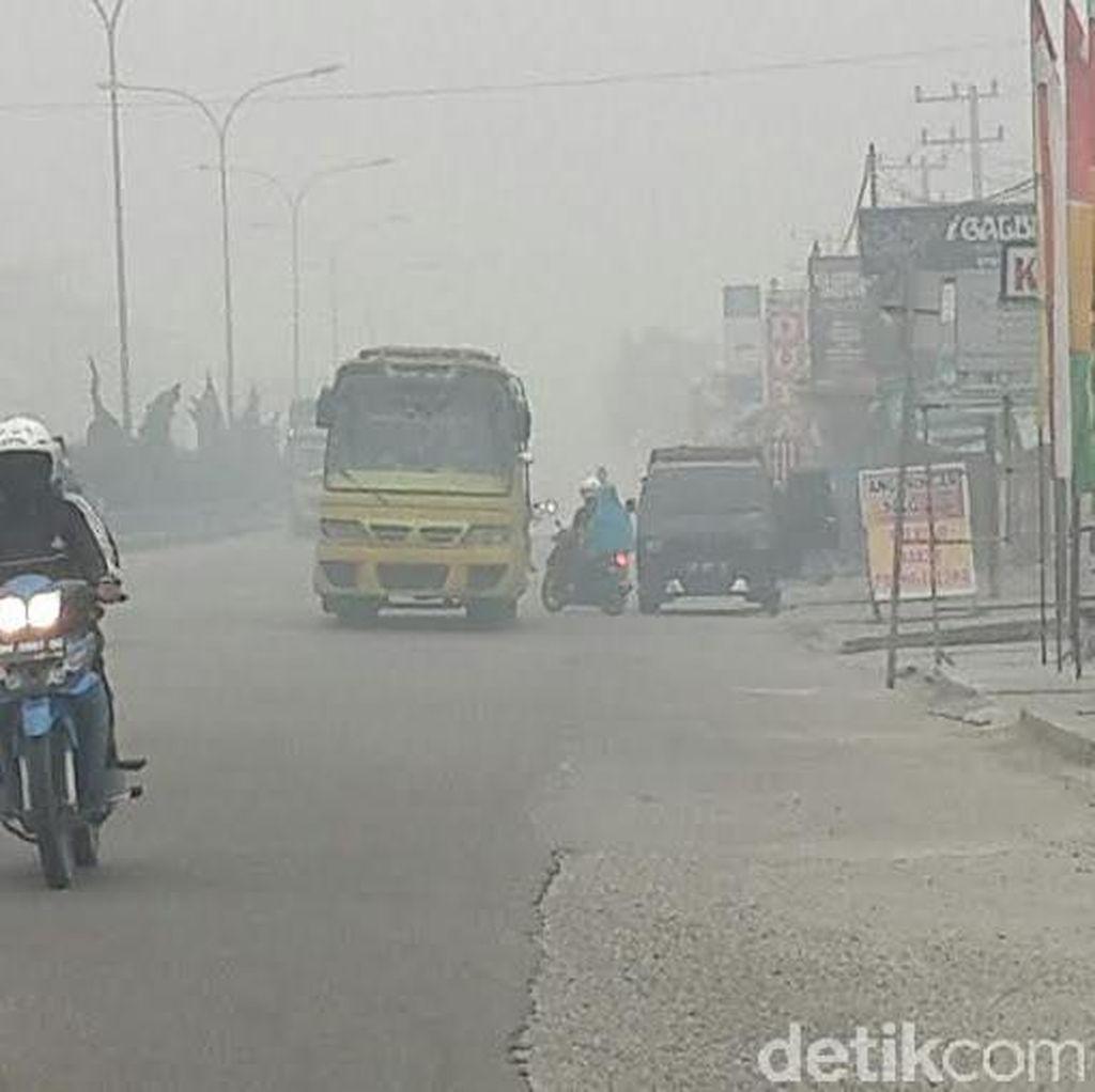 Ada 421 Titik Panas di Sumatera, Riau Masih Dikepung Asap