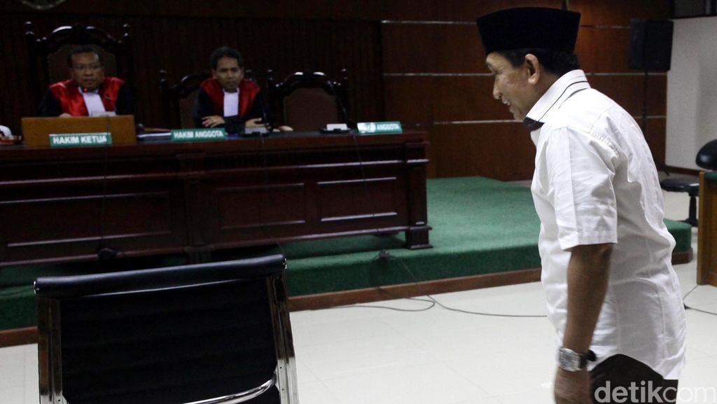 Vonis Hakim Setengah dari Tuntutan Jaksa, Fuad Amin Pertimbangkan Banding