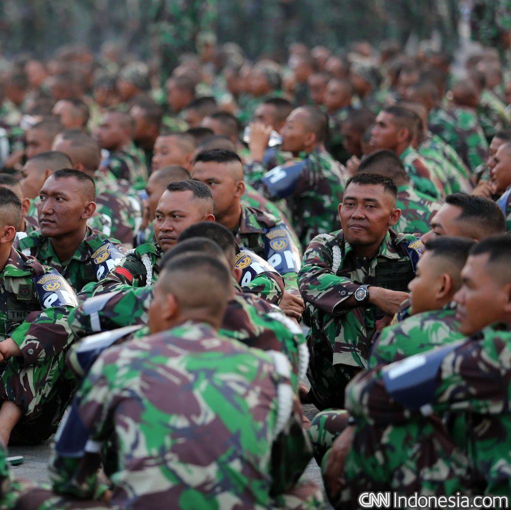 Jokowi Janji akan Tingkatkan Perhatian ke Prajurit TNI di Perbatasan