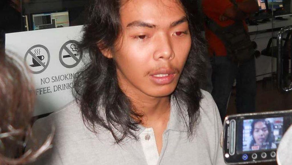 Pengakuan Septian, Pendaki Pemasang Bendera di Tiang CCTV Pemantau Merapi