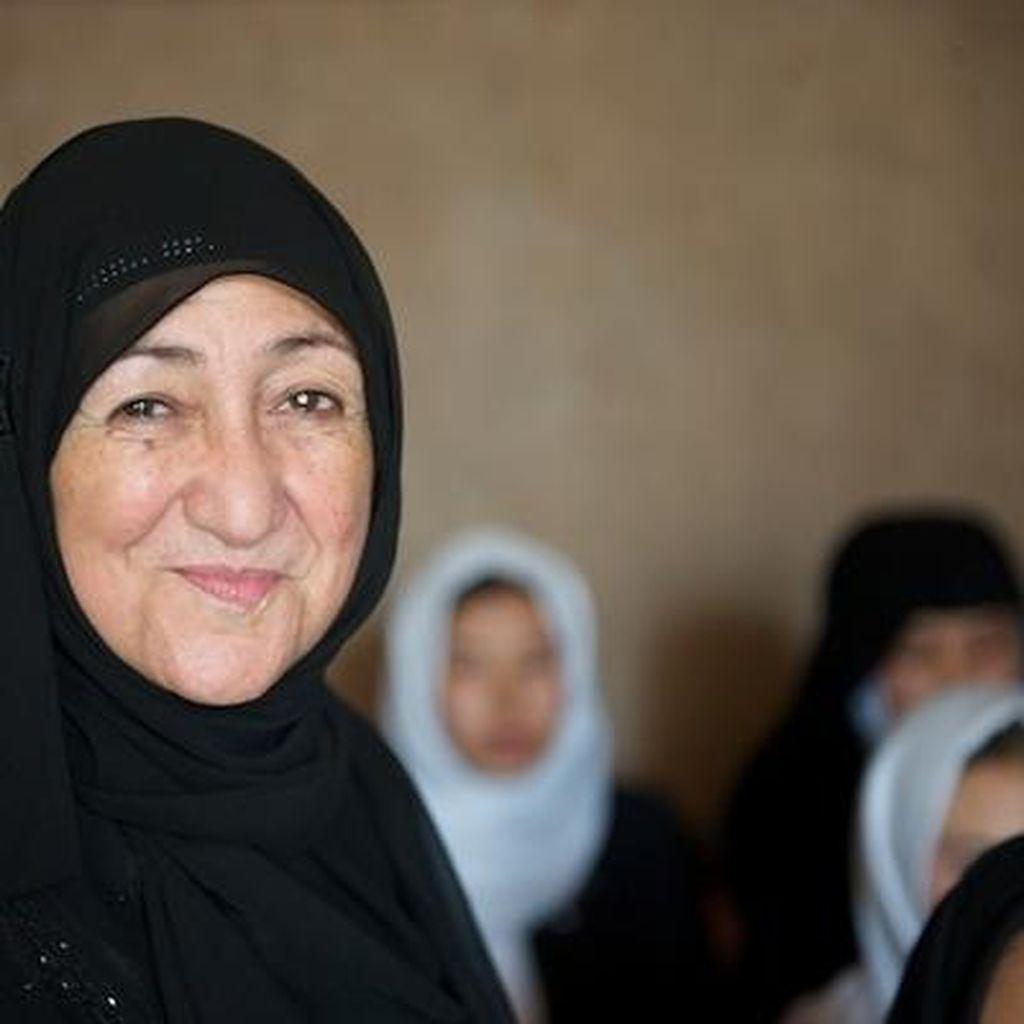 Hadapi Taliban yang Serang Sekolahnya, Sakena Yacoobi Raih WISE Prize 2015