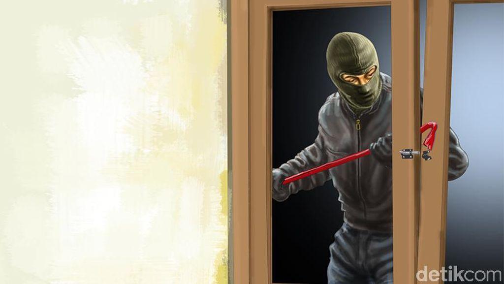 Ketakutan Buka Tas Polisi yang Dicuri, Cecep Kubur Senpi di Rumahnya