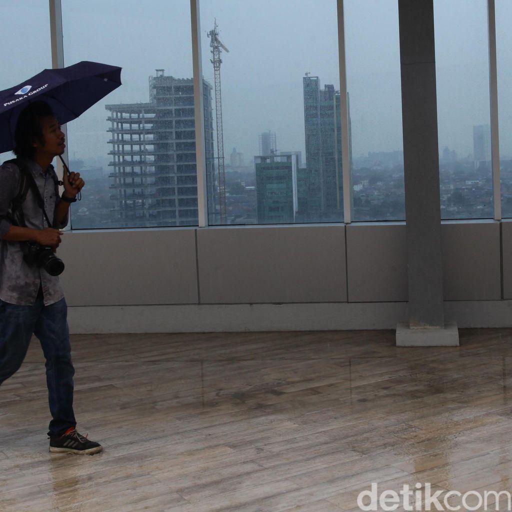 BMKG Peringatkan Hujan Deras di Jabotabek Terjadi Hingga Malam