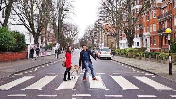 Gaya #OOTD Gempita Marten di London ini Gemes Banget!