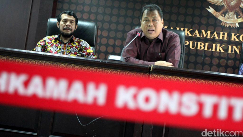 MK Paparkan Kinerja Tahun 2015
