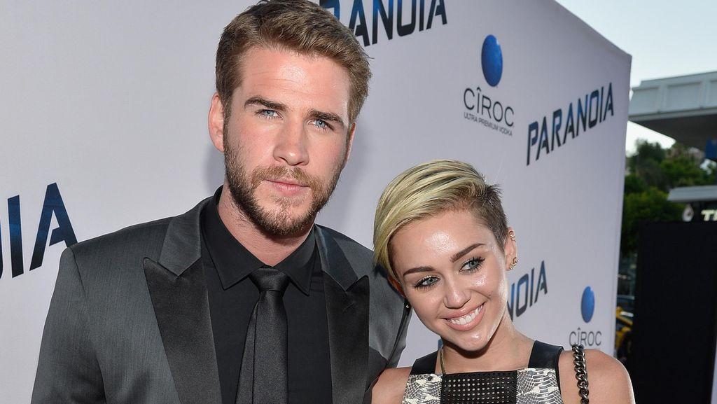 Kata Sang Ayah Soal Kabar Miley Cyrus dan Liam Hemsworth Tunangan