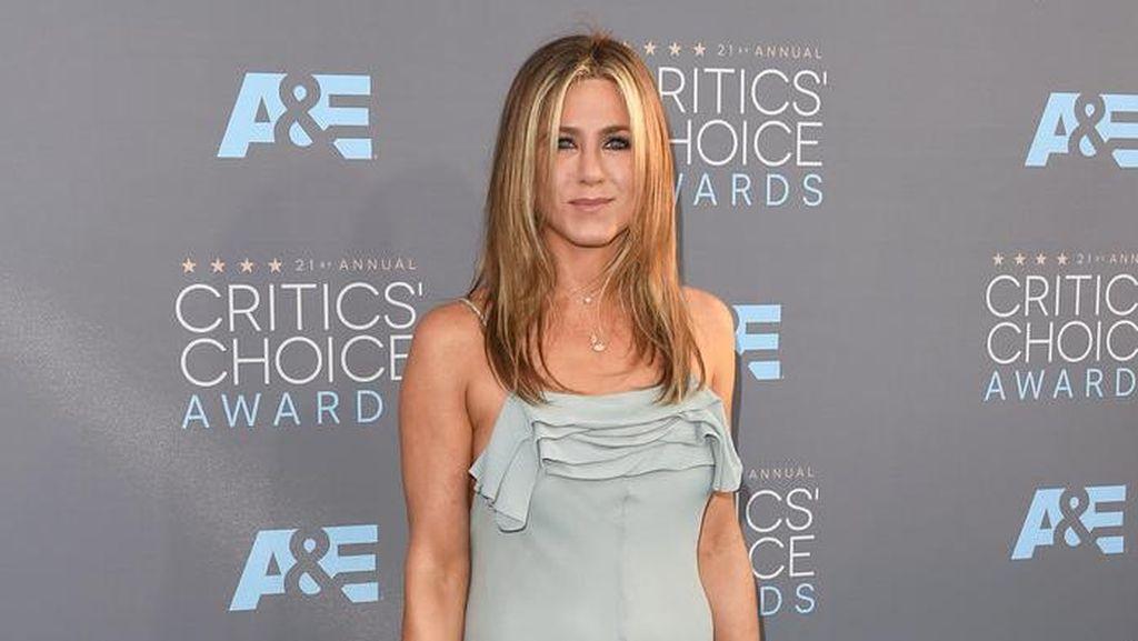 Ini Reaksi Jennifer Aniston Atas Perceraian Brangelina?