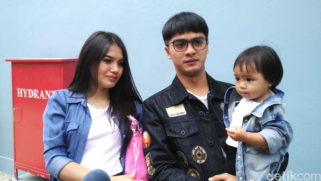 Bakal Dikaruniai Anak ke-2, Ricky Harun dan Herfiza Cuek Gosip Cerai