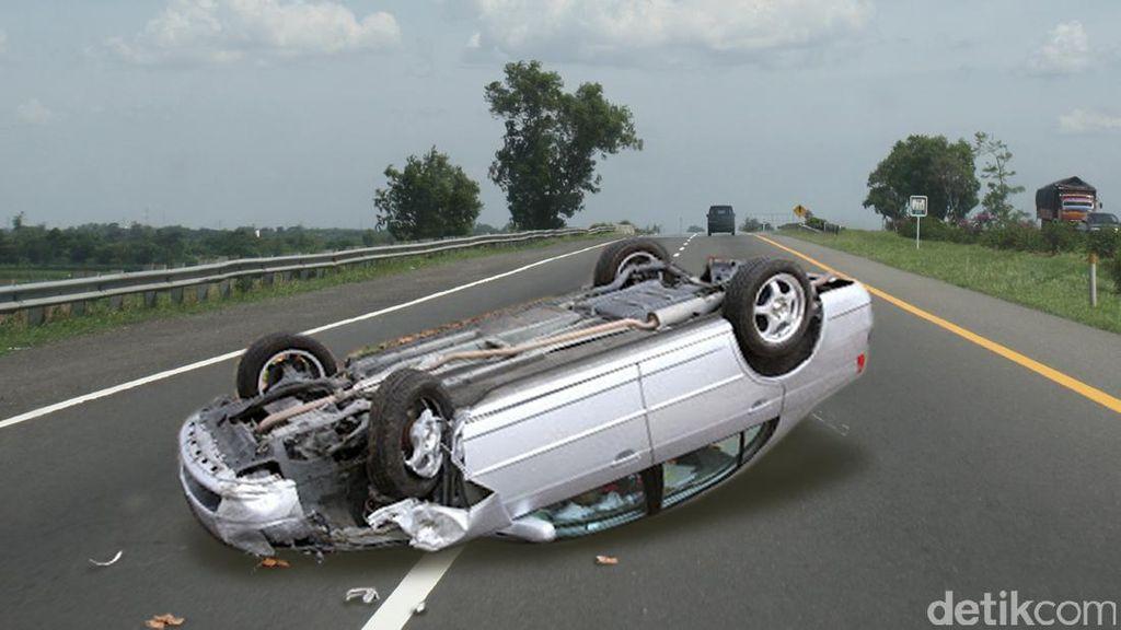 3 Kendaraan Tabrakan Beruntun di Jalan S Parman Jakbar