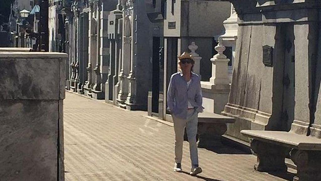 Situs Sejarah Argentina Tutup karena Kunjungan Mick Jagger, Warga Protes